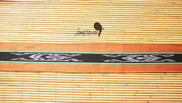 Tanimbar Mini shawl - Brown 03 115 cm x 8 cm